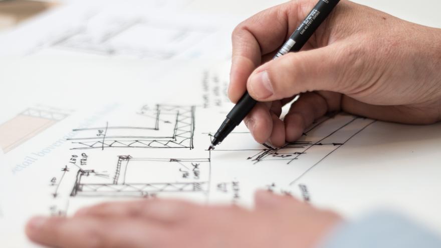"""Severino Vázquez, secretario del Colegio Oficial de Aparejadores y Arquitectos Técnicos: """"Nuestro sector está en un momento de cambio"""""""
