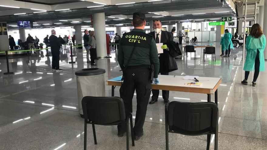 Otros 41 viajeros en cuarentena al llegar a Baleares en vuelos del extranjero