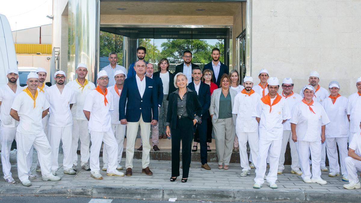 El equipo de COES en su central de Alicante.