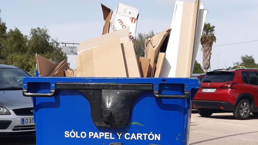 La recogida selectiva de basura se multiplica por cuatro en los polígonos en un mes