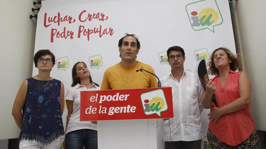 Del Castillo eclipsa la presentación de Hidalgo al arremeter contra el PSOE