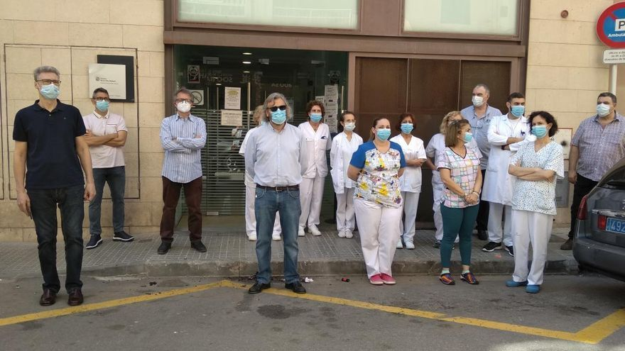 """Los médicos del centro de salud de Pere Garau exigen a Cort solución a la """"fecalendemia"""""""