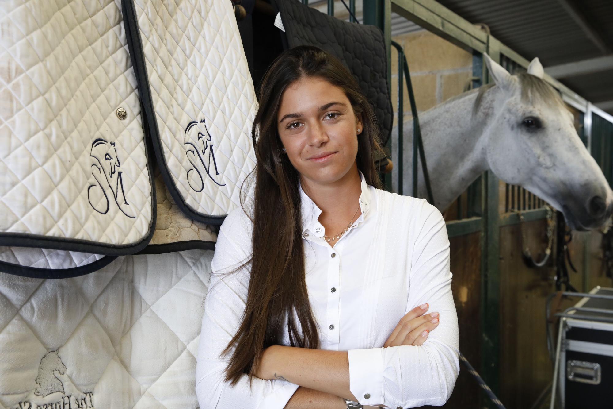 Las imágenes de Sira Martínez en Gijón