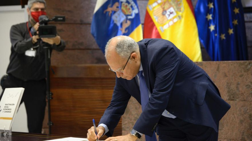 """Curbelo ve el pacto de reconstrucción como """"una luz en el horizonte"""" que permitirá a Canarias salir de la crisis"""