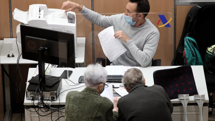 La Agencia Tributaria espera 735.500 declaraciones en Málaga, con 490.000 a devolver y un aumento de las que salen a ingresar
