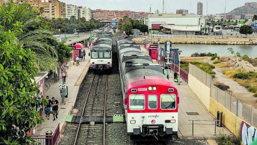 La mitad de los usuarios abandonan el tren de cercanías con la pandemia