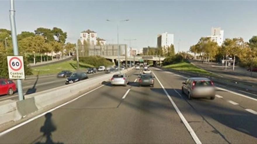 Multa surrealista a la Ronda de Dalt de Barcelona: el radar marca 298 km/h