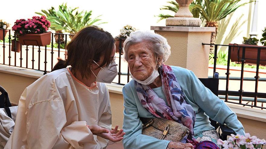 Doña Lola cumple un siglo