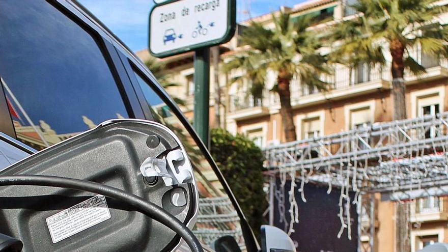 La Comunidad no publica en plazo las ayudas del Plan Moves III para la compra de vehículos eléctricos