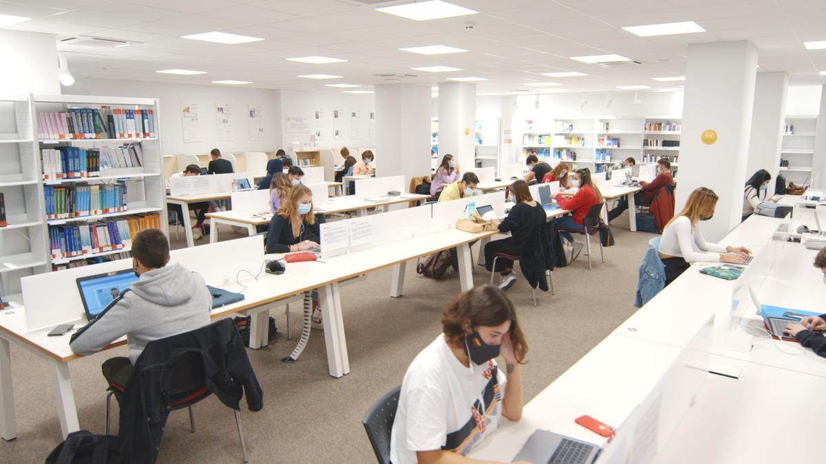 Estudiantes del Master de Marketing de la Universidad Europea de València.