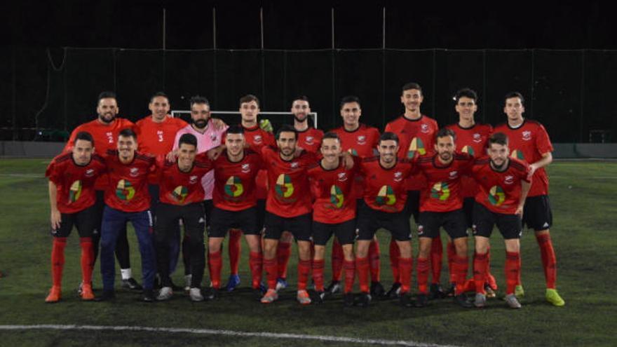 El Arucas CF y la UD Guía acarician el ascenso a la Tercera División