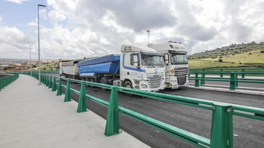 El viaducto pasa su prueba de carga y la ronda este terminará en un mes