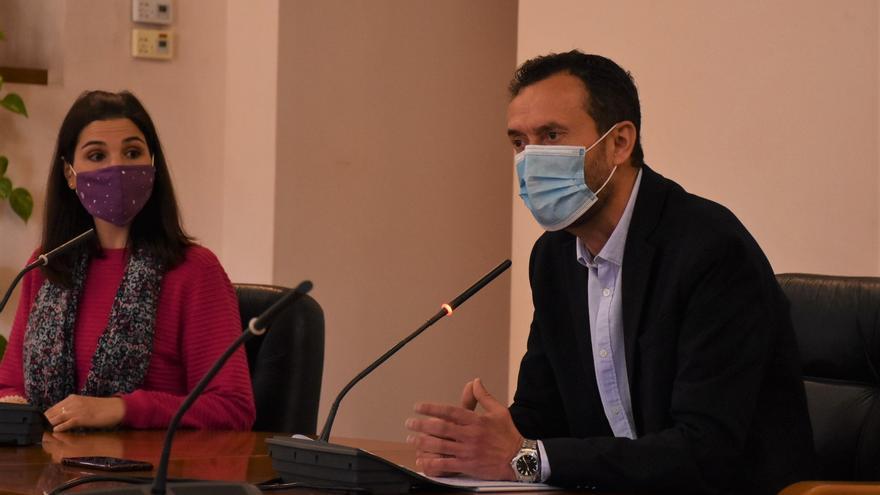 El alcalde cree que la gran mayoría de los ilicitanos llegarán al verano vacunados