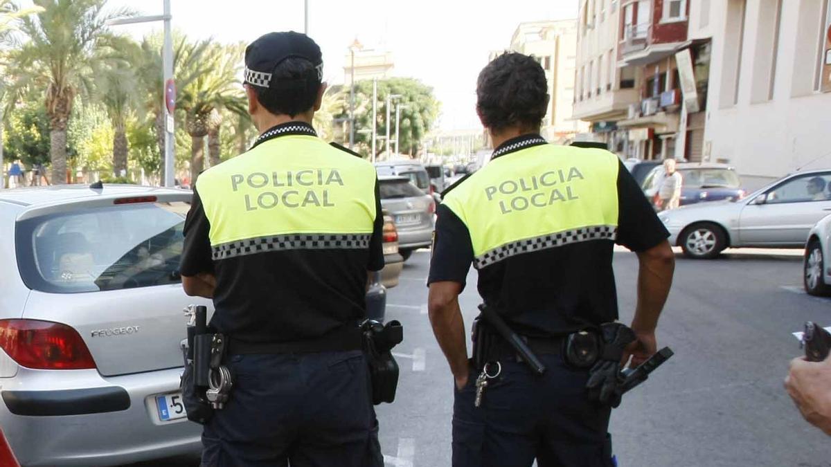 Agentes de la Policía Local de Sagunt
