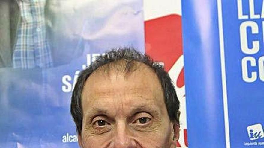 IU de Langreo pide reprobar a un edil del PSOE por contratar a la empresa de un compañero