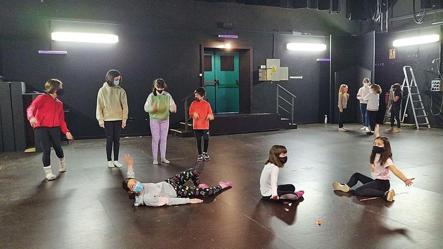El Teatro Principal baila al ritmo de la danza contemporánea