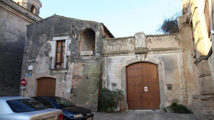 Diversos municipis altempordanesos busquen solucions per a les cases en desús