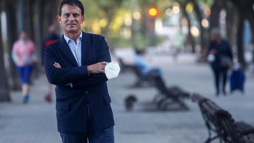 Manuel Valls renuncia al acta de concejal en el Ayuntamiento de Barcelona