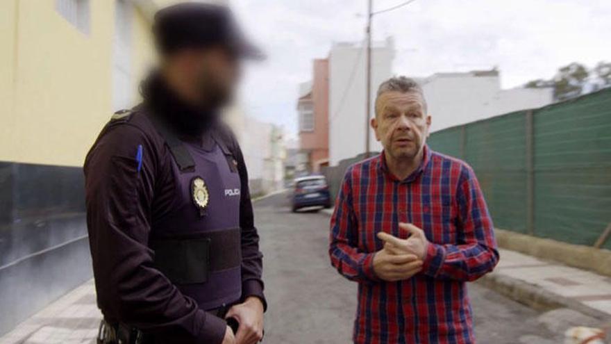 Chicote, escoltado por la Policía tras cuestionar a los comedores escolares