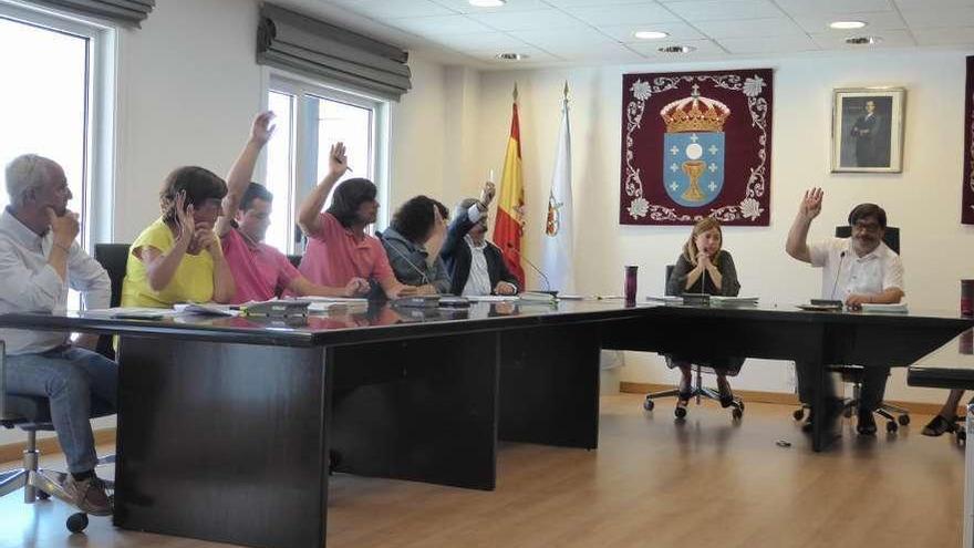 Secretaría e Intervención ven inasumible el convenio de gestión del centro de día de Miño