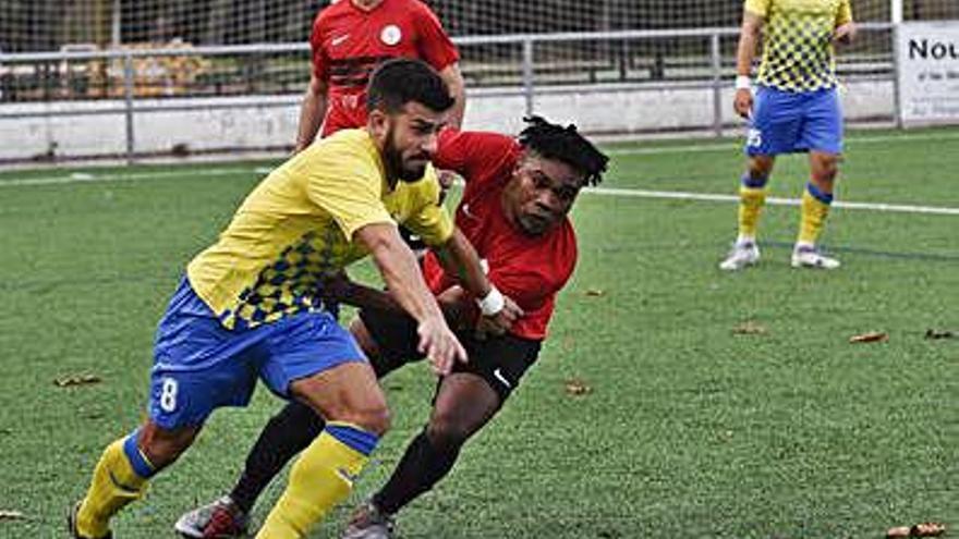El Joanenc encaixa  un gol en temps afegit  i deixa escapar dos punts amb el Torelló (1-1)