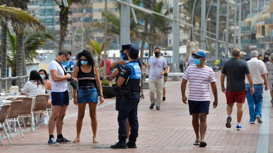 382 nuevos contagios y un fallecido por coronavirus en las últimas 24 horas en Canarias