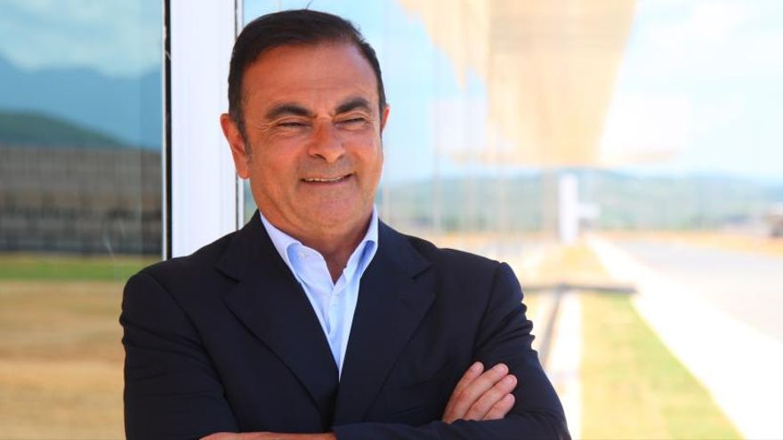 Carlos Ghosn obtiene la libertad bajo fianza