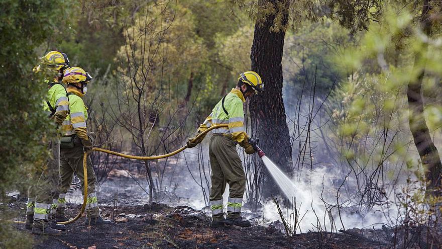 Los expertos temen una temporada de incendios más larga y peligrosa