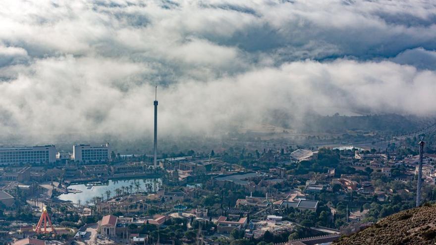 La niebla llega a Alicante para quedarse