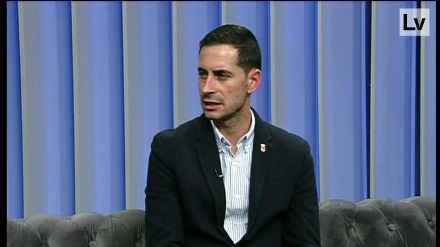 El alcalde de Mislata, Carlos Fernández Bielsa, responde a las preguntas de Levante TV