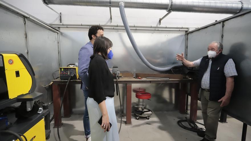 Lorenzana destaca la relevancia del sector del metal para recuperar el empleo