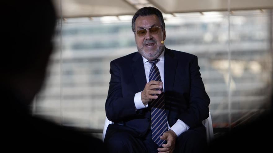 El presidente de la ONCE echa en cara al PP su voto en contra de eliminar el término 'disminuido' de la Constitución
