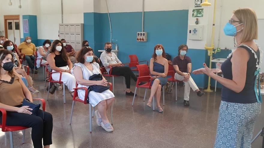 El Ayuntamiento de Alicante distribuye 120.000 euros entre 21 entidades para proyectos de fomento del empleo