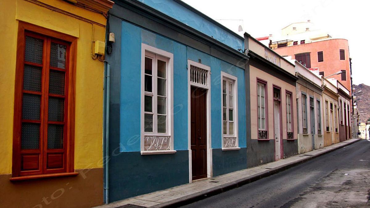 Casa Sheraton. Avenida 25 de Julio, 23. Federico Solé, 1902.      E.D.