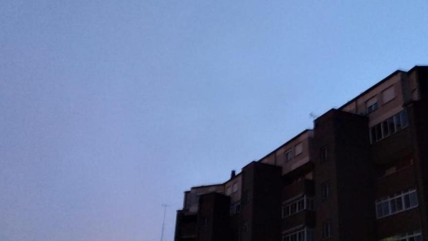 Cielo despejado a primera hora de la mañana