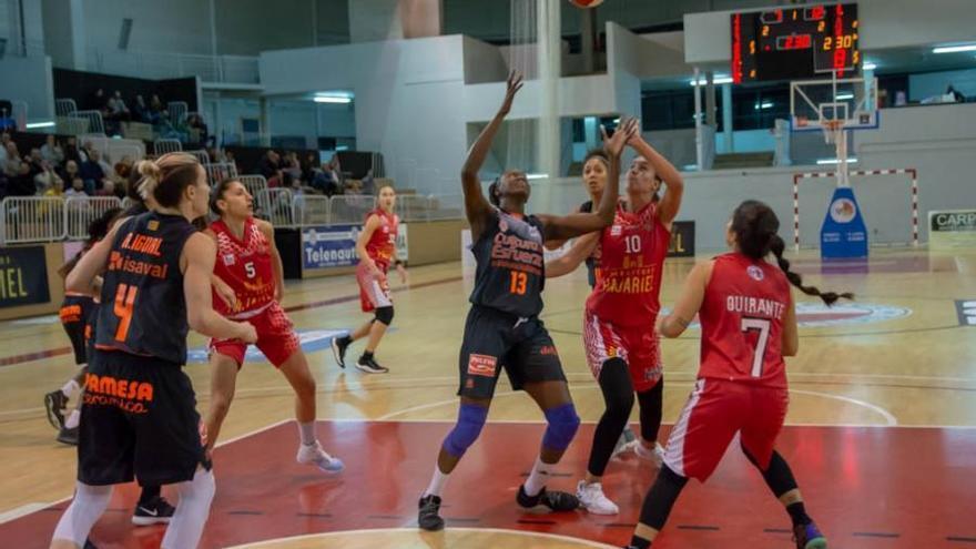 El Valencia Basket Femenino suma el cuarto triunfo seguido en Bembibre