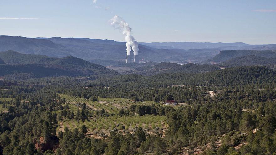 Iberdrola invierte más de cien millones en una planta solar en Ayora y Zarra