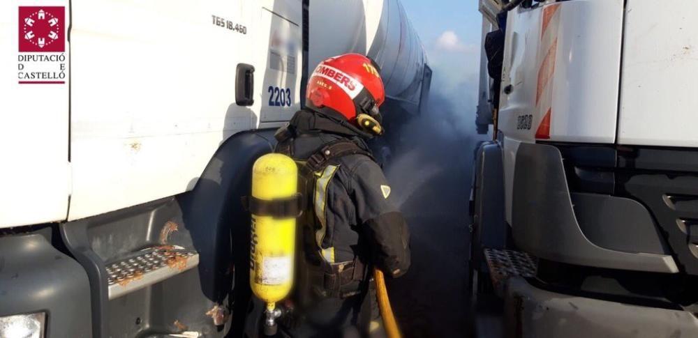 Fuga de metano líquido en un camión en la A-7