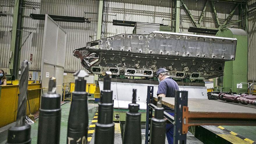 Santa Bárbara ya puede iniciar las obras en Trubia para fabricar el 8x8 de Defensa