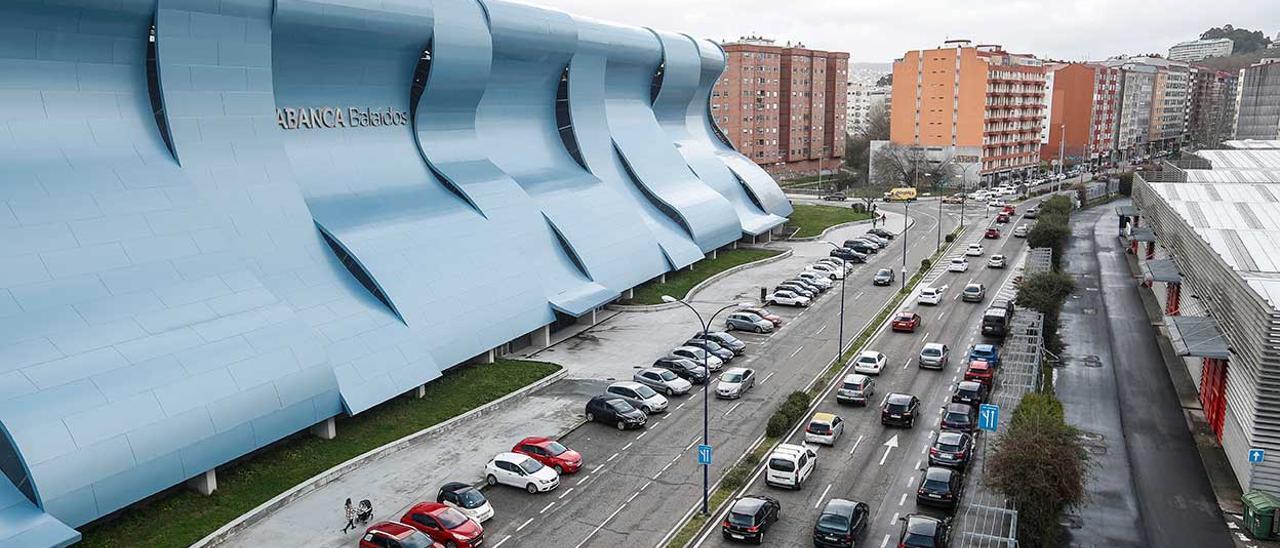 Vista parcial de las avenidas de Citroën  y Portanet, en las que se construirá el parking subterráneo.