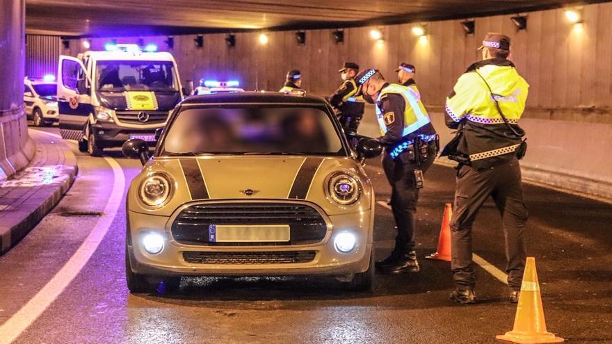 El Ayuntamiento refuerza con el dron nocturno y con más efectivos policiales el operativo para evitar botellones el fin de semana