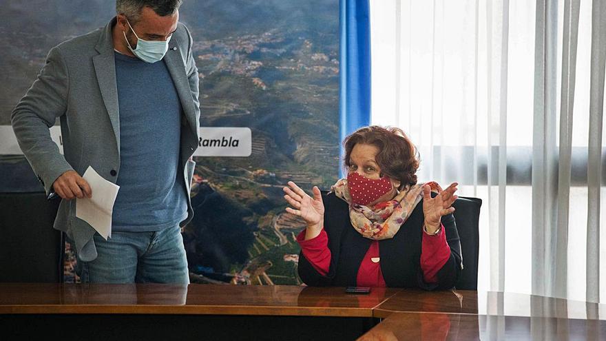 La salida de Fidela Velázquez se confirma en un pleno con ausencias