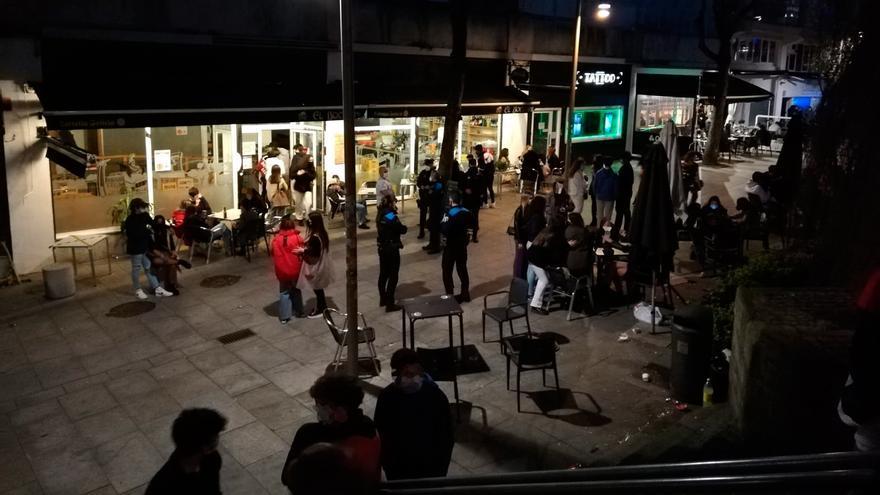 Controles policiales en el Casco Vello de Vigo para evitar aglomeraciones