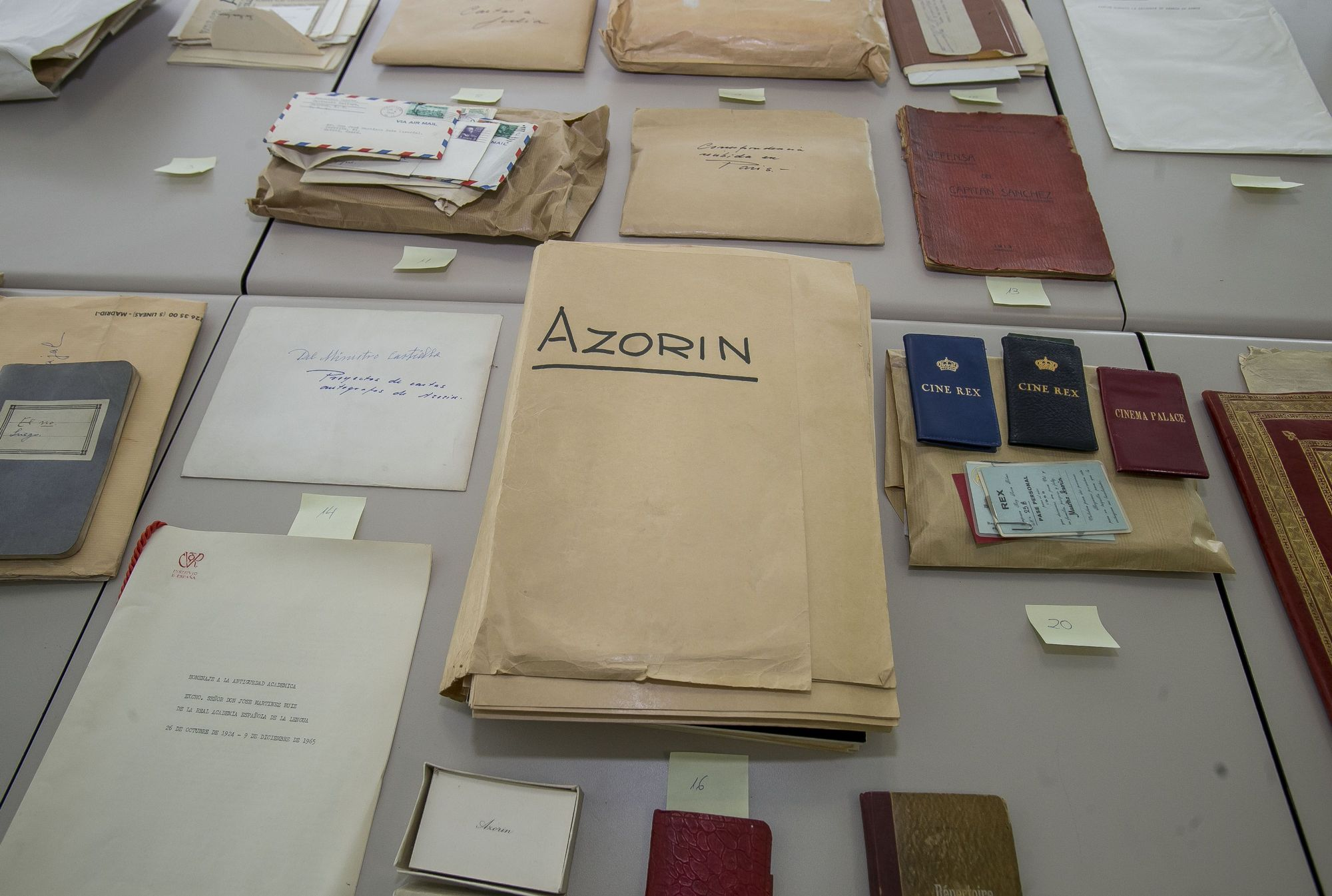La vida de Azorín en una maleta