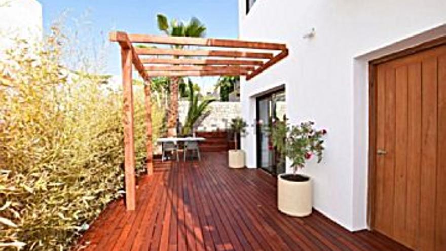 350.000 € Venta de piso en Sant Josep de Sa Talaia, 1 habitación, 1 baño...