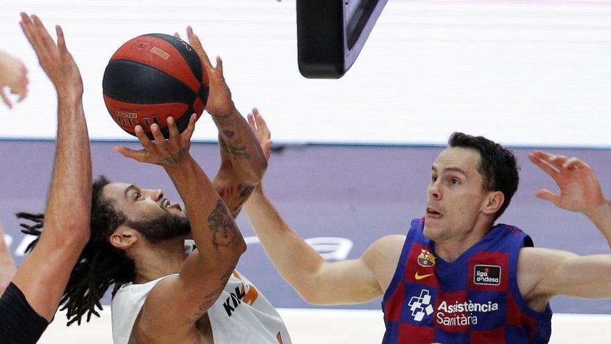 El Baskonia da la sorpresa y gana 10 años después la ACB