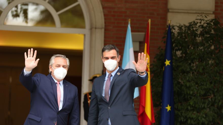 """Sánchez insiste en que """"el estado de alarma es el pasado y el futuro es la vacunación"""""""