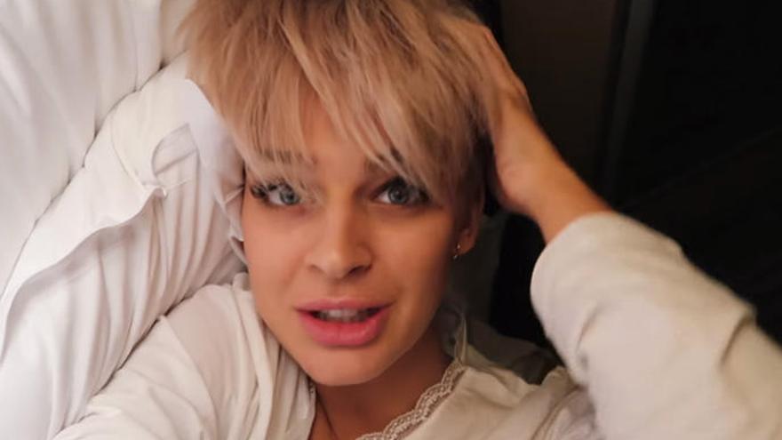 El pelo blanco, la nueva moda entre las famosas