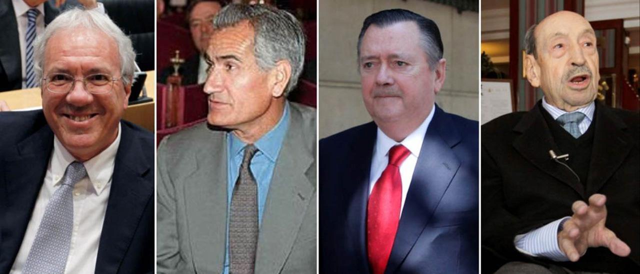 José Barrionuevo, Rafael Vera, Alfredo Sáenz y Alfonso Armada.