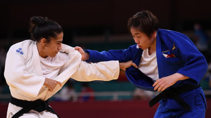 La judoca Cristina Cabaña vence en su debut a la filipina Watanabe